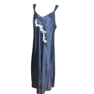 Jones New York Nightgown Size 3X Shiney Satin